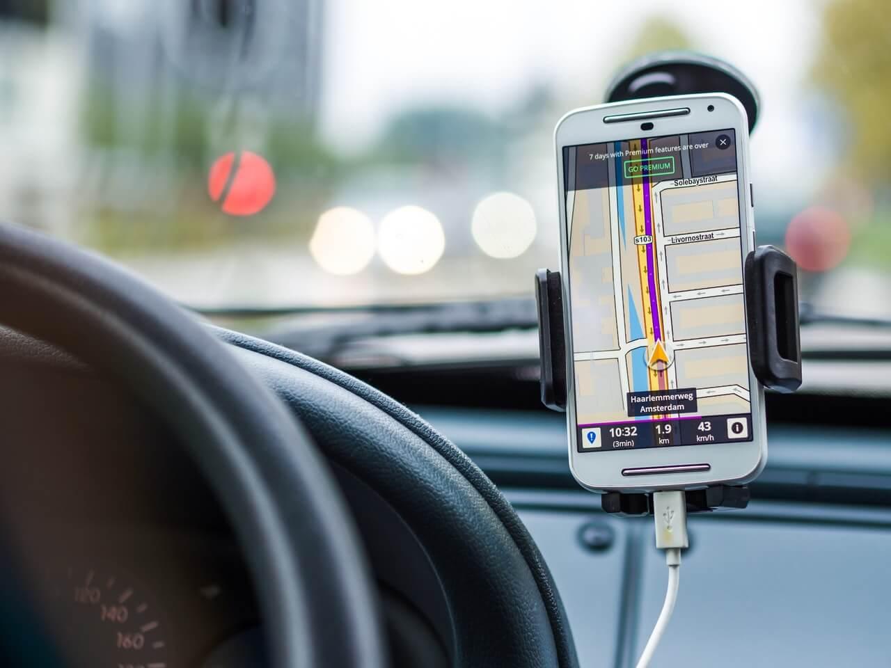 Copilot GPS - Route Tracking App