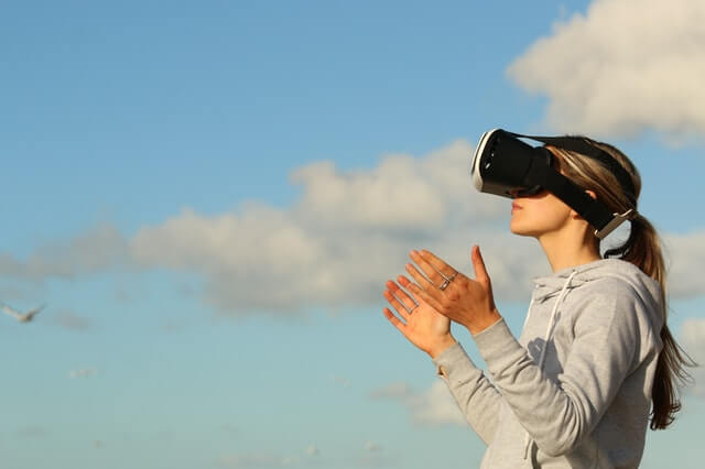 Incorporate virtual reality